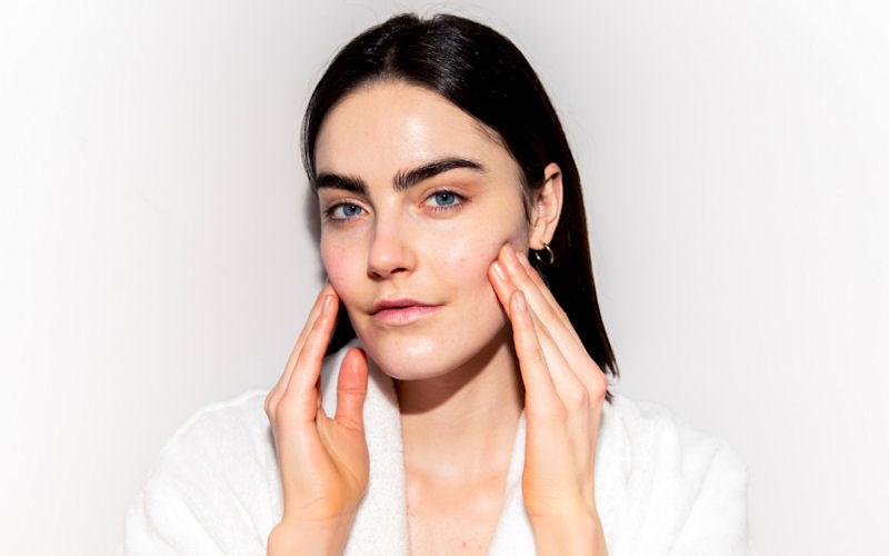 Расслабляющий массаж для лица от Дианы Бернардин