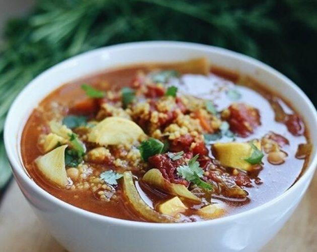 Марокканский суп с нутом и кускусом